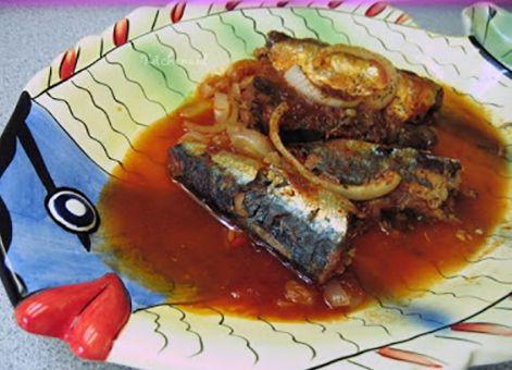 Cá mòi kho Kiến Thụy – hết cơm ngày mưa