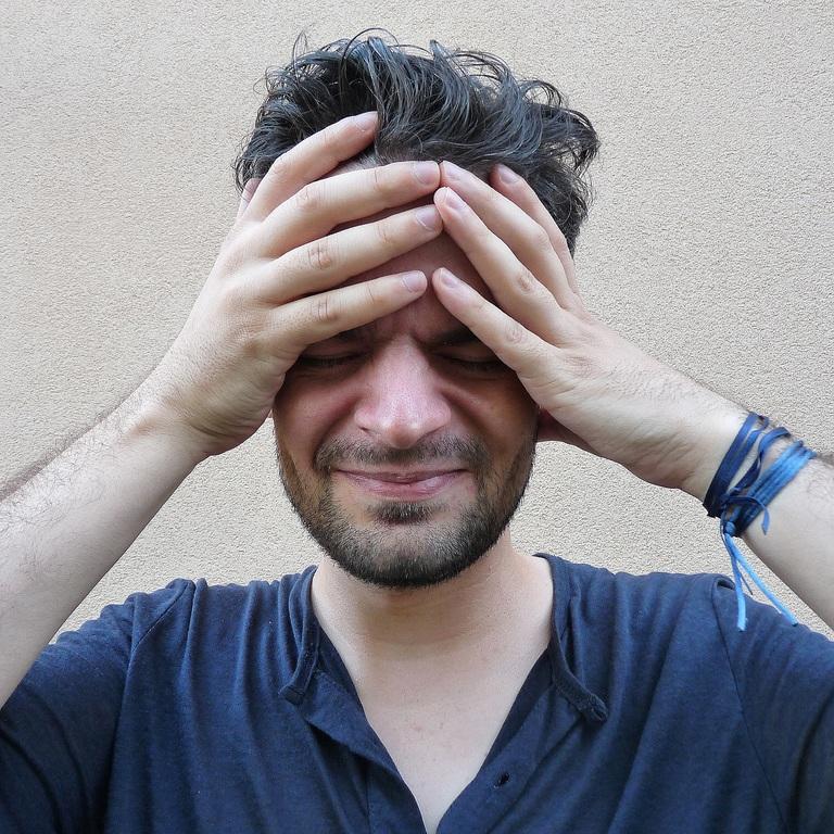 Các triệu chứng đau đầu xuất hiện