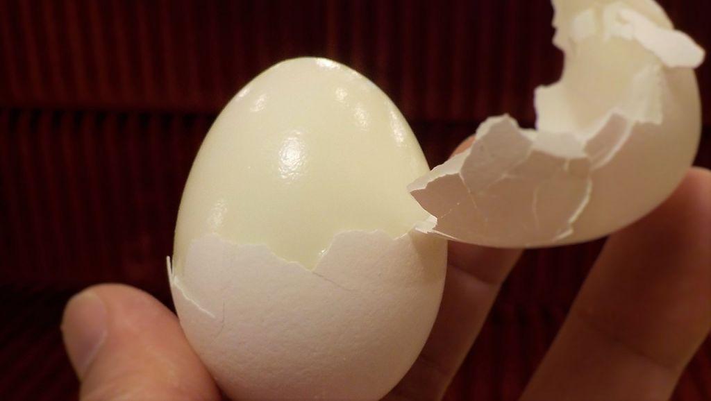 Trứng luộc - Ngon mà bổ